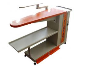 IRONING TABLE WITH VACUUM AND BLOWING, HEATING AREA AND ARM